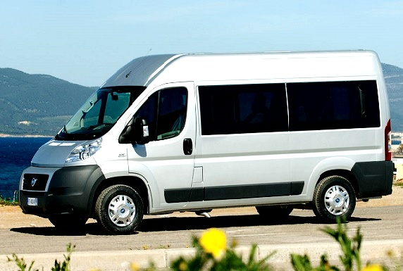 9 seater passenger van fiat ducato hire in delhi fiat. Black Bedroom Furniture Sets. Home Design Ideas